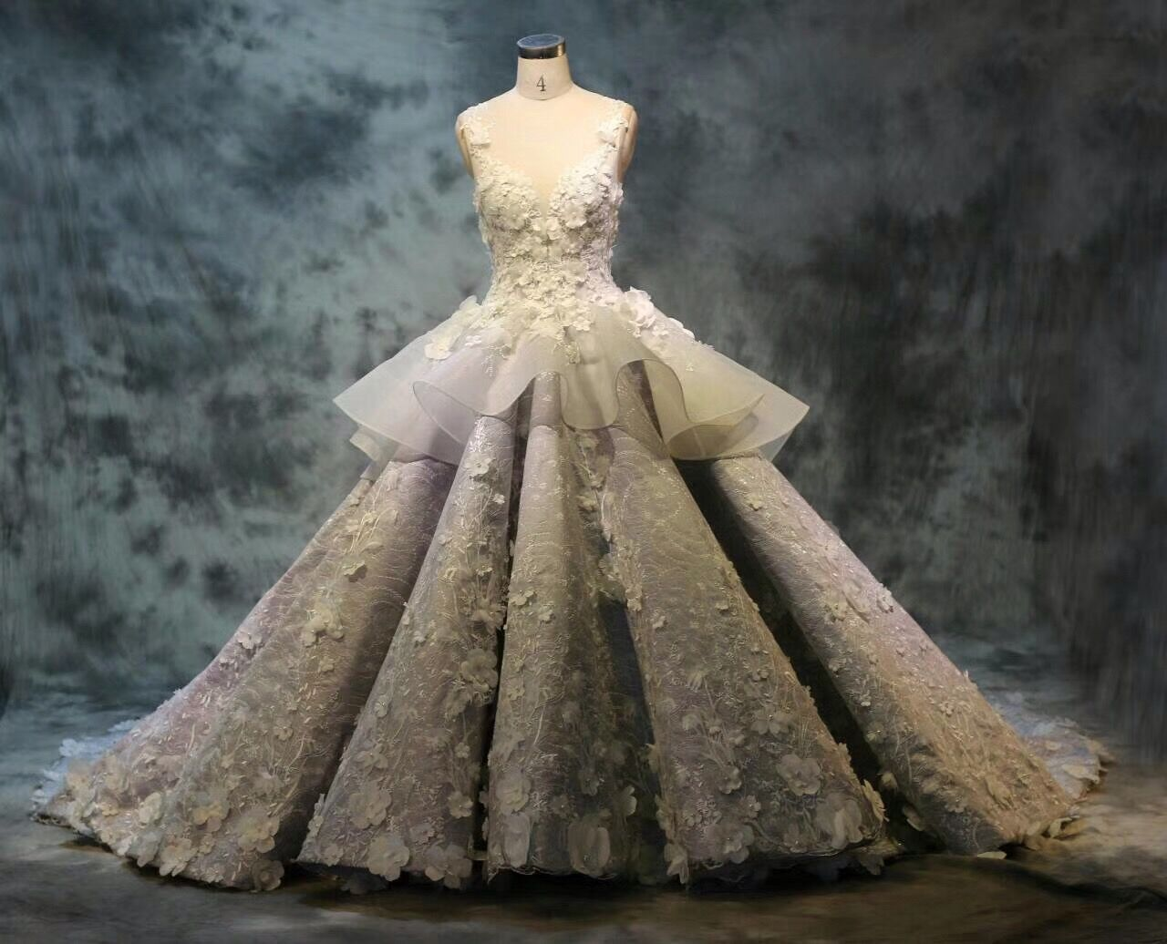 Luxury wedding dress wedding ball gown elegant wedding dress