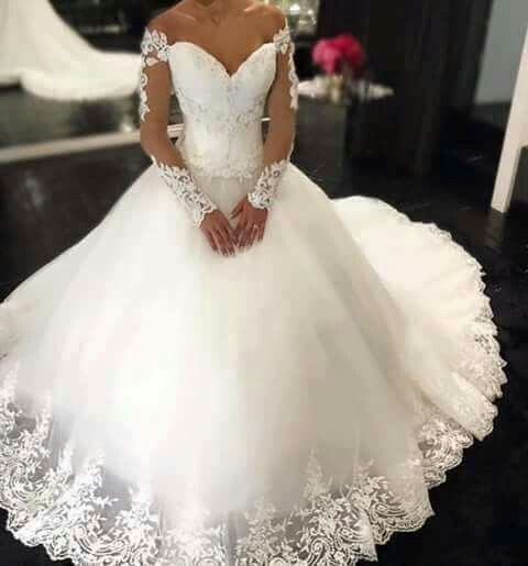 Long Sleeve Wedding Dresses, Ivory Wedding Dresses, Cheap Wedding Dresses, Lace Wedding Dress, Tulle Wedding Dress, Elegant Wedding Dress, V Neck Wedding Dress, 2016 Wedding Ball Gowns