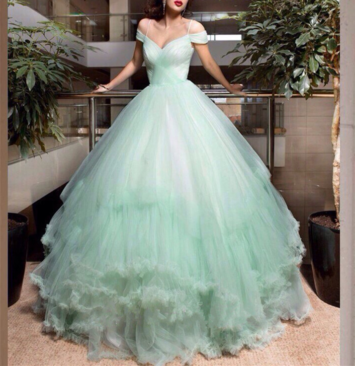 Mint Green Wedding Dress Tulle Elegant Cap Sleeve Dresses 2017 Feather Bridal Gown Tiered