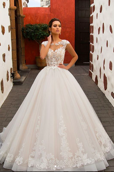 2018 Wedding Dress, Cap Sleeve Wedding Dress, Vestido De Novia, Lace Applique Wedding Dress, Robe De Soiree, Tulle Wedding Dress, Elegant Wedding Dress, A Line Wedding Dress, Cheap Wedding Dress