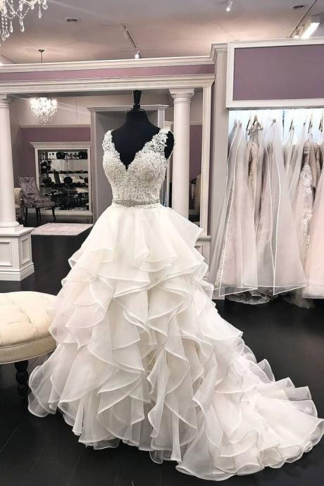 tiered wedding dress, wedding ball gown, lace applique wedding dress, cheap bridal dress, robe de mariage, elegant wedding dresses, white wedding dress, wedding dresses for bride, v neck wedding dress, bridal gowns 2020