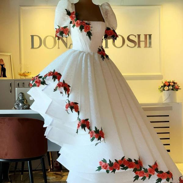 white prom dresses, embrodiery applique prom dress, lace applique prom dresses, prom gown, luxury prom dresses, 2021 prom dresses, prom dresses long, women fashion, vestido de festa, robe de soiree, prom dresses 2020, evening gown, cheap prom dresses